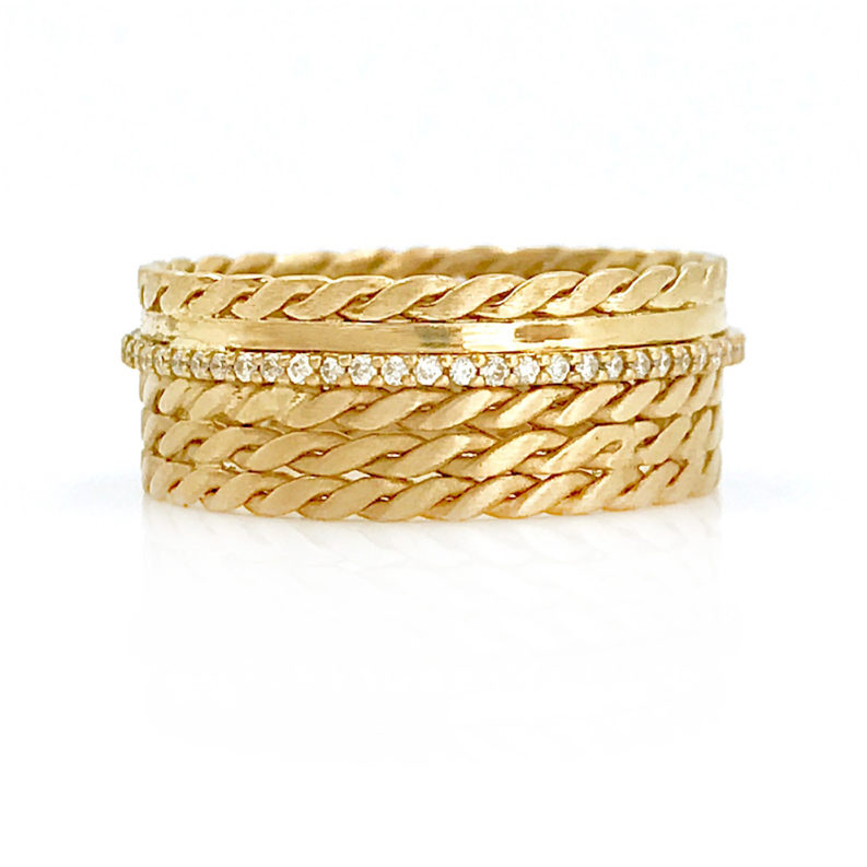 18k Twist Mesh textured off Center Pave Diamond Cigar Band featuring signature twist mesh textured wide band with off center Diamond Belt EFCR-03