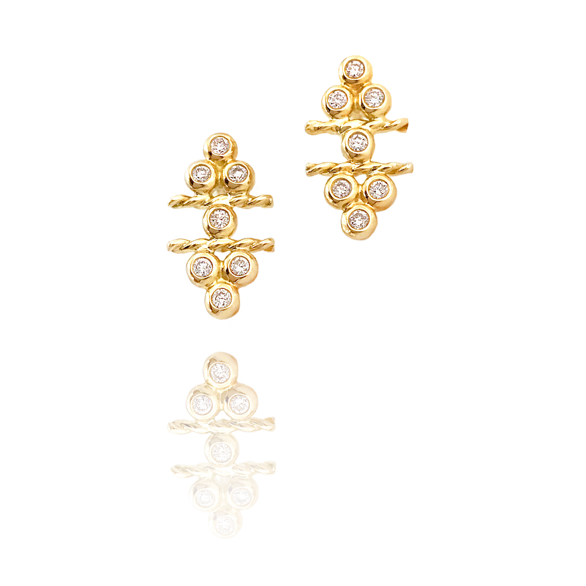 18k Gold Diamond Flank Cluster Twist Stud Earrings