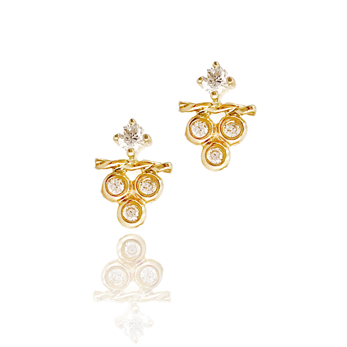 18k Gold Petite Diamond Cluster Stud Earrings