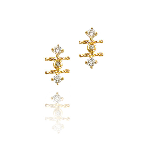 18k Gold Diamond Twist Mix Setting Stud Earrings combine prong and bezel set diamonds with Jewelyrie's signature touch of Pirouette Twist.