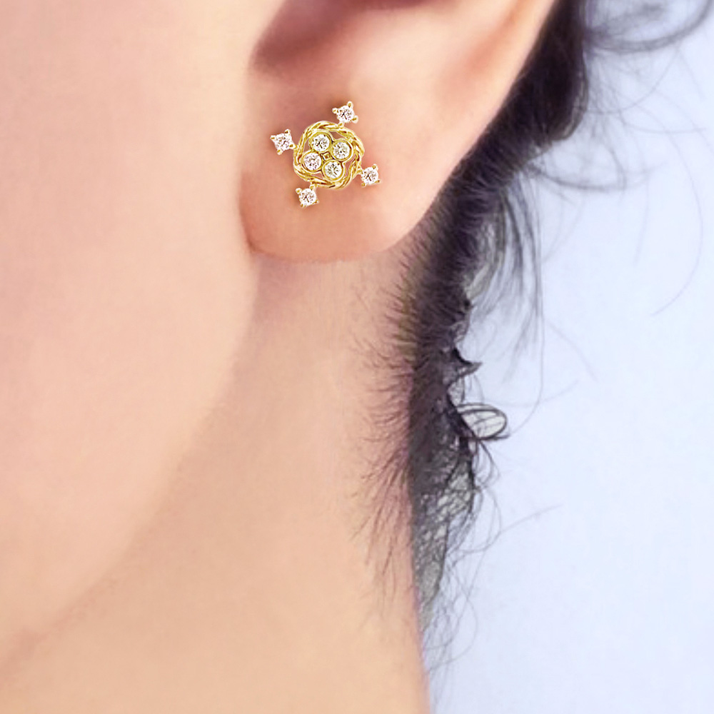 JeweLyrie-Tulle-Collection-19k-Gold-Diamond-Four-Star-Twist-Box-Stud-Earrings-JAX-E-05