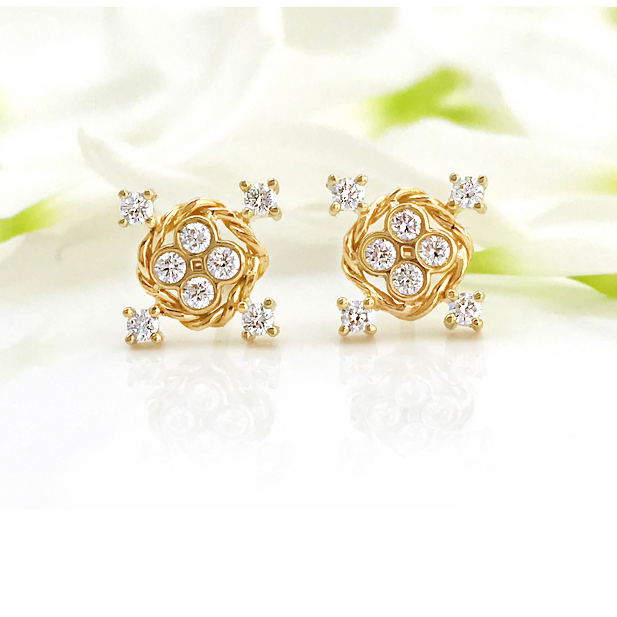 diamond-four-star-twist-studs-earrings_2812