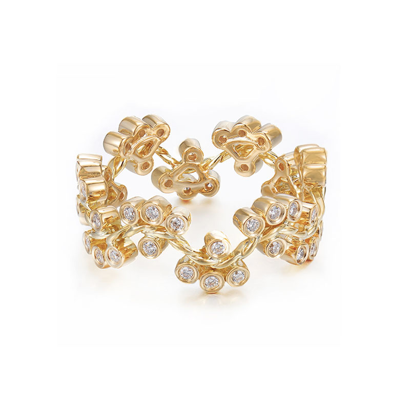 31-JeweLyrie-Signature-Wavy-Twist-Alternate-Diamond-Cluster-Gold-Ring