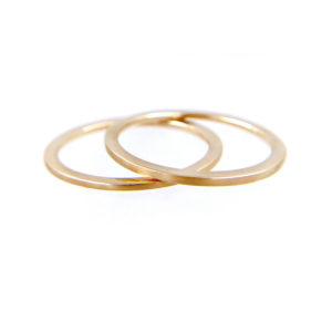 43-Slim-Chic-1mm-Satin-Gold-Band-Ring-Guard-Spacer-14K_7762