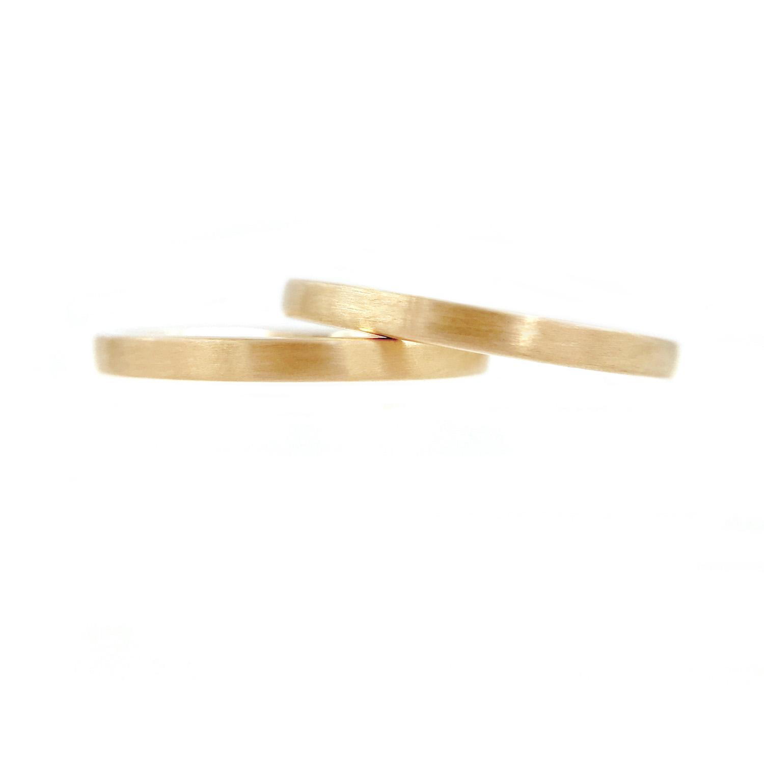 44Chic-square-2mm-Satin-Gold-Band-Ring-Guard-Spacer-14k-18k_7813