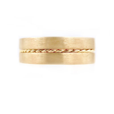 50-JeweLyrie-Signature-Gold-Slim-Twist-0.8mm-band-Ring-Guard-Spacer_8002