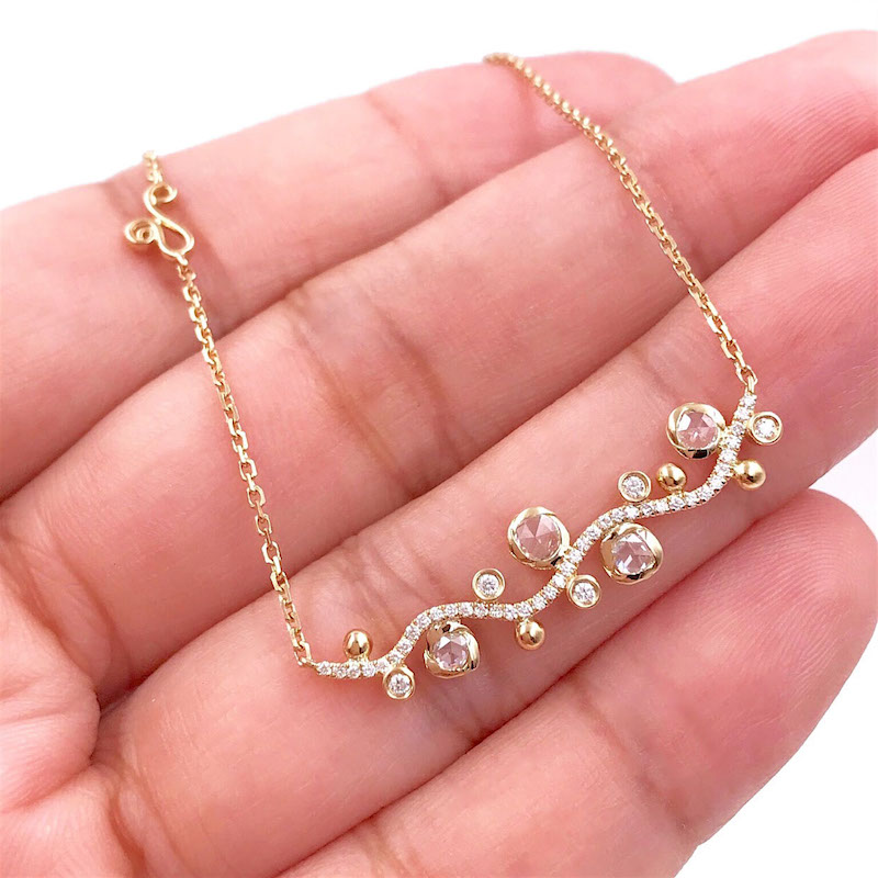 67-twist-bezel-set-scattered-rose-cut-diamond-horizontal-way-bar-necklace-18k-gold-jewelyrie_0601 copy