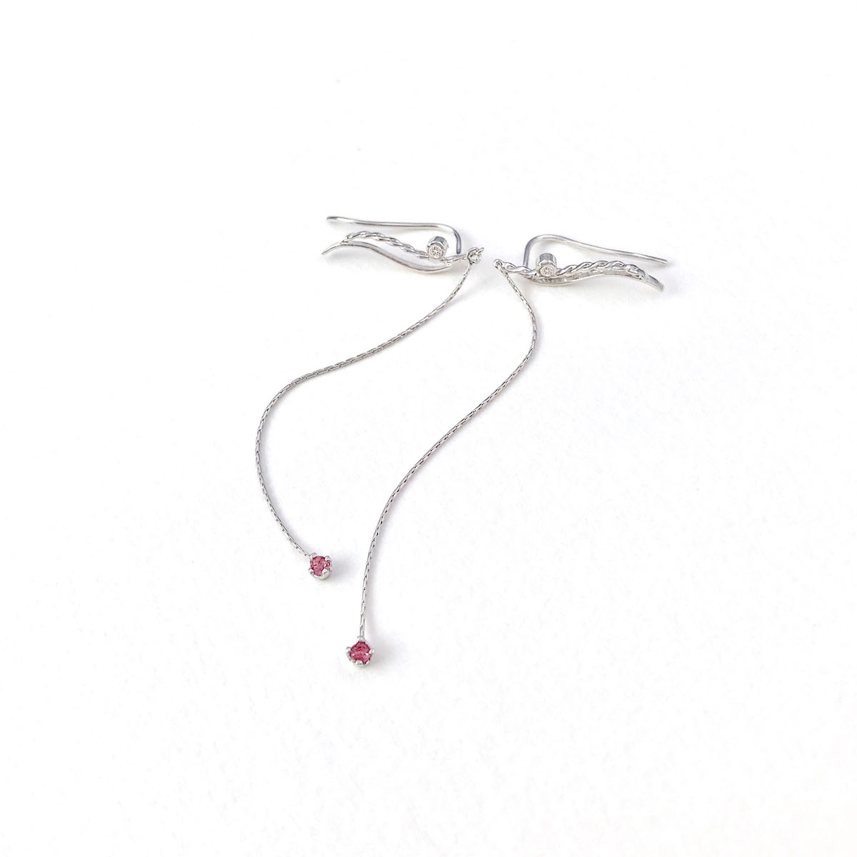 diamond-red-spinel-accented-twist-wave-climber-dangle-earrings-18k-14k-jewelyrie_4990 1200